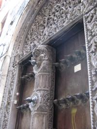 Door2