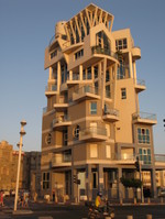 Tel_aviv_building_2