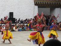 Punakha_dancers_2