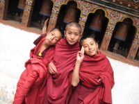 Young_monks_2
